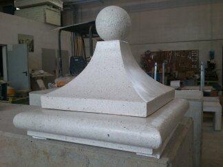 nella versione in cemento egraniglia bianca